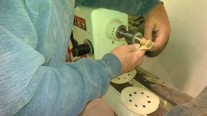 Knob turning for the dressers